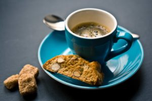 Klassische Aromen für den Kaffee: Mit Haselnuss, Vanille oder Karamell Kaffee kann man gar nichts falsch machen!